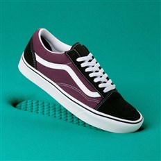 buty VANS - Comfycush Old Skool (Sport)Blk/Prune/True Wht (V9W)